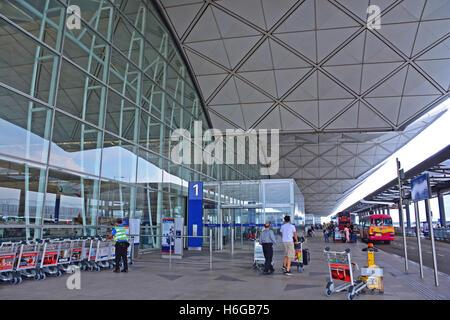 terminal 1 of Hong Kong international airport - Stock Photo