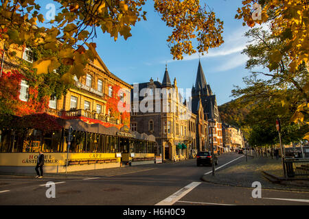 The city of Bernkastel-Kues, in the Moselle valley, river Moselle, old town, vine growing region, vineyards, Germany - Stock Photo