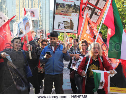 Members of the Kurdistan Communist Party of Iran protest against the Islamic Republic of Iran - Stock Photo