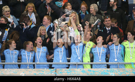 Manchester City women players including captain Steph Houghton (centre right) celebrate winning the Women's Super - Stock Photo