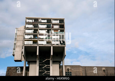 Detail of concrete social housing apartment building at Pallasstrasse in Schoneberg Berlin Germany - Stock Photo