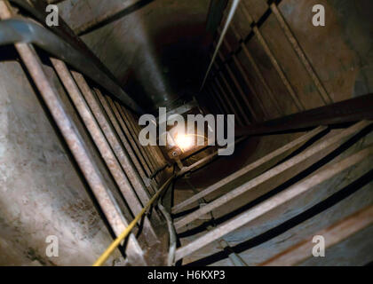 Entrance to a tunnel used for drug and human smuggling across the US Mexico border discovered at Nogales, Arizona - Stock Photo