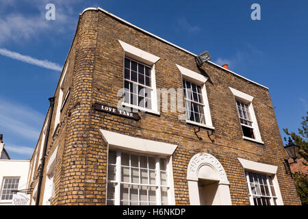 Image of the Old Crown Hotel in Broad Street, Margate,  presently, an art gallery. - Stock Photo