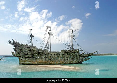 ship travel - Stock Photo