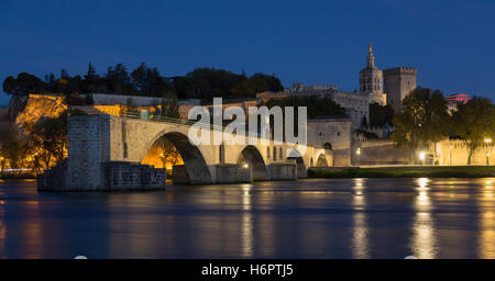 The Pont d'Avignon (Pont Saint-Benezet) and the city of Avignon in the department of Vaucluse in France - Stock Photo
