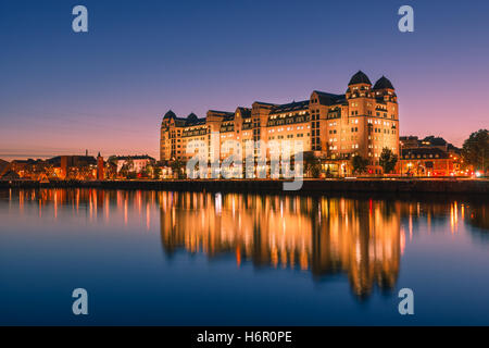 Blue hour in Oslo with the Eniro Norge building, Norway. - Stock Photo