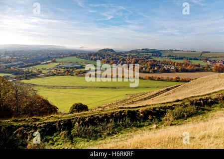 Battlesbury Hill, Warminster, Wiltshire, UK. 31st Oct 2016. A beautiful autumnal day looking across Warminster from - Stock Photo