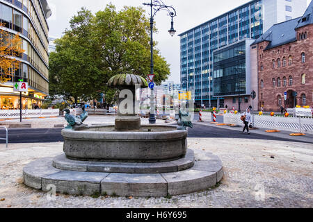 Berlin, Hardenbergstrasse, Charlottenburg. Duck fountain, Entennenbrunnen - Stock Photo