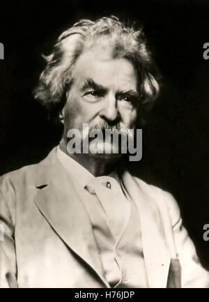 Mark Twain (1835-1910) cabinet card from 1907 from a photograph taken by A.F. Bradley for sale to raise funds for - Stock Photo