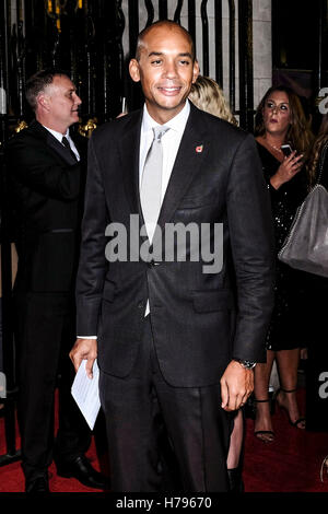 Chuka Umunna arrives on the Red Carpet for the Daily Mirror Pride of Britain Awards on 31/10/2016 at The Grosvenor - Stock Photo