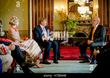 Sydney, Australia. 3rd Nov, 2016. King Willem-Alexander and Queen Maxima of The Netherlands visit Governor Hurley - Stock Photo