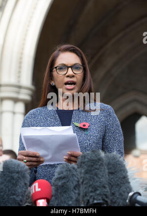 SCM Private co-founder Gina Miller makes a statement outside the High Court after winning her challenge to the Brexit - Stock Photo