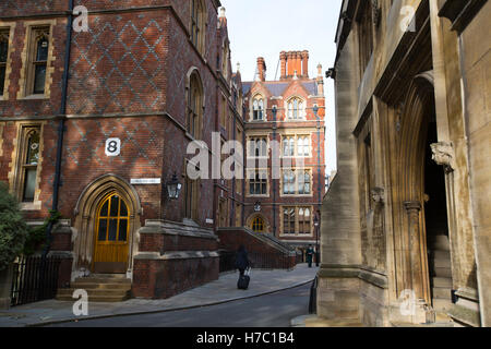 Entrance to the Chapel Hall, Old Square, The Honourable Society of Lincoln's Inn which barristers belong and called - Stock Photo