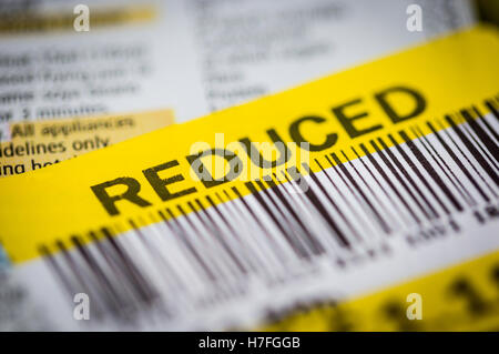 Close up photos of a reduced food label at Tesco - Stock Photo
