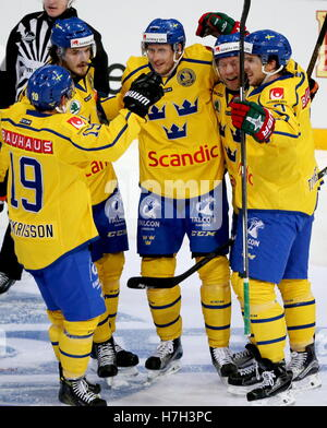 Helsinki, Finland. 5th Nov, 2016. Sweden's players celebrate scoring in their 2016/17 Euro Hockey Tour Karjala Cup - Stock Photo
