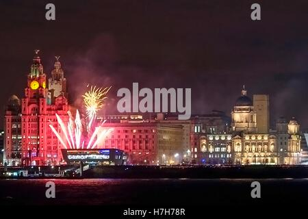 River of Lights, Liverpool skyline, Merseyside, UK. 5th Nov 2016.  The fantastic 'River of Lights' festival comes - Stock Photo