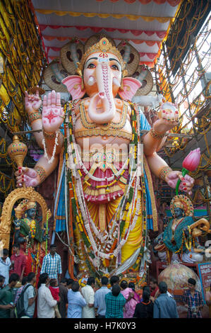 Tallest Ganesha idol  58 Feet Height  Ganesh idol 2016 at  Khairatabad  Hyderabad  Telangana india - Stock Photo