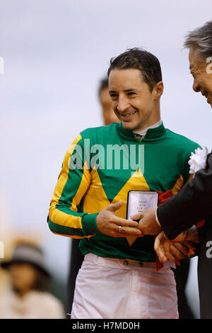 Kyoto, Japan. 23rd Oct, 2016. Christophe Lemaire Horse Racing : Jockey Christophe Lemaire celebrates after riding - Stock Photo