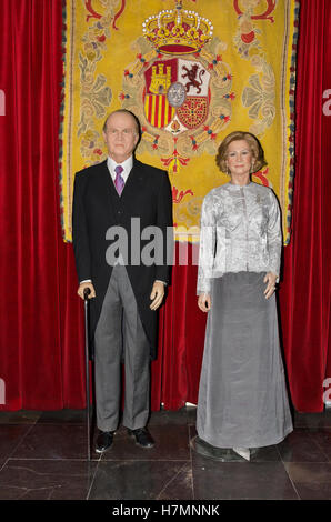MADRID, SPAIN - OCTOBER 2, 2015: Spanish king Juan Carlos I and Queen Sofia  Wax figures on October2, 2015 at Madrid - Stock Photo