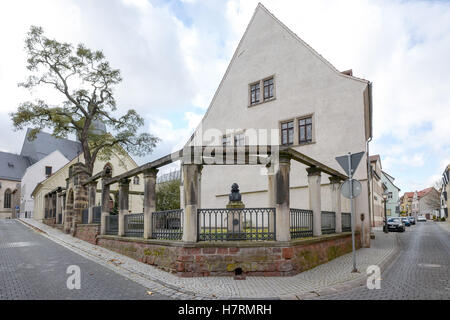 The house in which Martin Luther (1483-1546) was born, photographed in the Luther city Eisleben, Germany, 2 November - Stock Photo