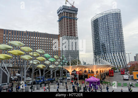 UK Weather 8th November 2016: Brisk Northerly winds brought very cold but dry conditions to the Capital. Urban regeneration - Stock Photo