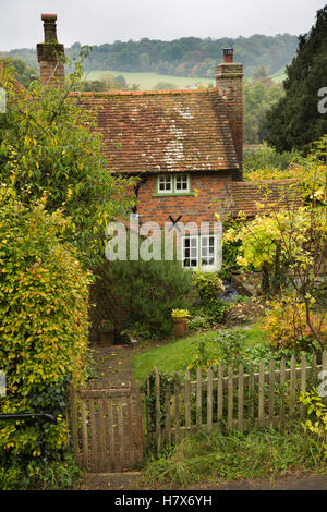 UK, England, Buckinghamshire, West Wycombe, Church Lane, Farthing Cottage small front garden, autumn - Stock Photo