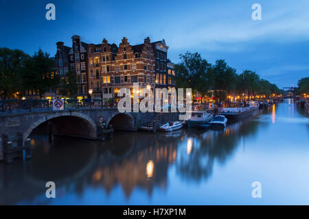 Prinsengracht and Brouwersgracht canals at dusk, Amsterdam, Netherlands - Stock Photo