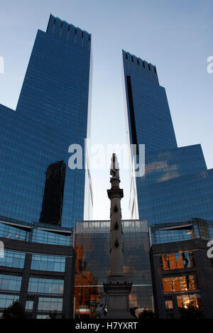 Time Warner Center and the Columbus Monument at Columbus Circle in Manhattan, New York, USA - Stock Photo