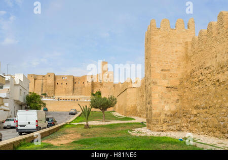 The pleasant walk through the gardens along the rampart of Sousse Medina, Tunisia. - Stock Photo