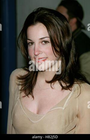 LINSEY SLOANE 'JOSIE & THE PUSSYCATS' LA HOLLYWOOD LA USA 09 April 2001 - Stock Photo