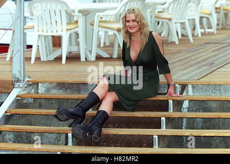 Cannes Kristy Swanson Stock Photo: 106611436 - Alamy