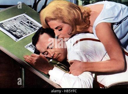 Wie bringt man seine Frau um, (HOW TO MURDER YOUR WIFE) USA 1964, Regie: Richard Quine, JACK LEMMON, VIRNA LISI - Stock Photo