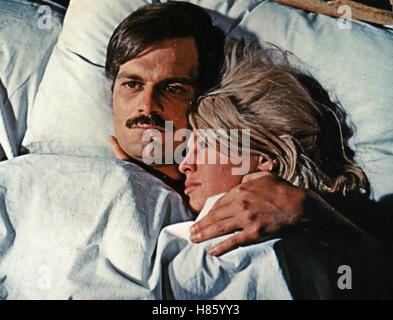 Doktor Schiwago, (DOCTOR ZHIVAGO) USA 1965, Regie: David Lean, OMAR SHARIF, JULIE CHRISTIE, Stichwort: Bett, Paar Stock Photo