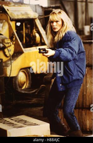 Maniac Cop, (MANIAC COP) USA 1987, Regie: William Lustig, LAURENE LANDON Stichwort: Gewehr - Stock Photo