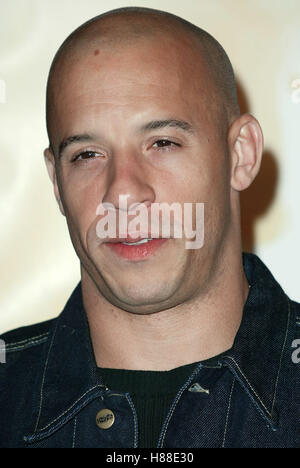 VIN DIESEL A MAN APART WORLD FILM PREM GRAUMANN'S CHINESE THEATRE HOLLYWOOD LOS ANGELES USA 01 April 2003 - Stock Photo