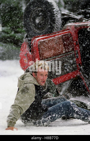 Dreamcatcher, (DREAMCATCHER) USA-CAN 2003, Regie: Lawrence Kasdan, THOMAS JANE, Key: Schnee, Unfall, Auto - Stock Photo