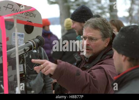 Dreamcatcher, (DREAMCATCHER) USA-CAN 2003, Regie: Lawrence Kasdan, LAWRENCE KASDAN, Key: Regisseur, Kamera - Stock Photo