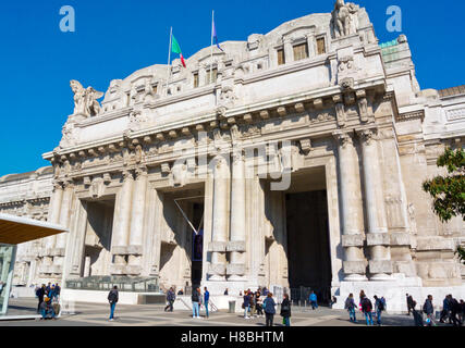 Milano Centrale, main railway station, Piazza Duca d'Aosta, Milan, Lombardy, Italy - Stock Photo