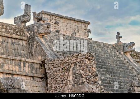 Temple of the Warriors Chichen  Itza Mexico - Stock Photo