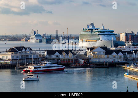 Royal Caribbeans Navigator of the seas and P&O Oriana moored in Southampton Docks. - Stock Photo