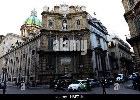 Quattro Canti / Piazza Vigliena in central Palermo. - Stock Photo