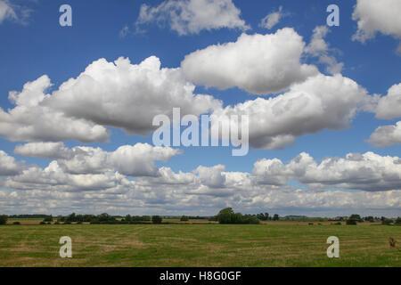 Sky, big, travel, landmark, blue, tourism, view, beautiful, sunset, day, famous, art, white, image, east, trip, - Stock Photo