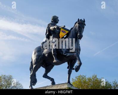statue of King William III in Queen square Bristol - Stock Photo