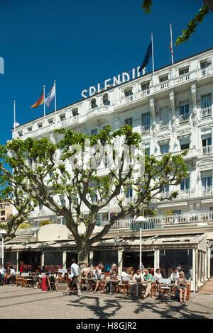 Frankreich, Cote d Azur, Cannes, vor dem Hotel Splendid an der Rue Felix Faure - Stock Photo