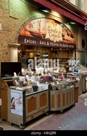 Frankreich, Cote d Azur, Nizza, Geschäft in der Altstadt - Stock Photo