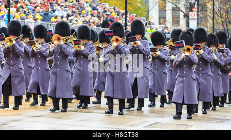 London, UK, 12th November 2016. The Band of the Coldstream Guards in grey winter coats take part in the annual  - Stock Photo