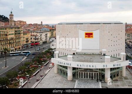 Frankreich, Cote d Azur, Nizza, Musee d Art Moderne et d Art Contemporain, Museum für Moderne Kunst an der Promenade - Stock Photo