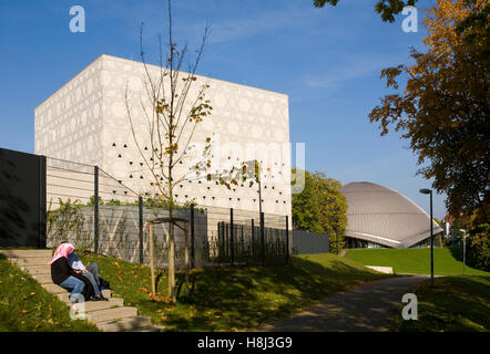 Germany,  Ruhr Area, Bochum, the synagogue, in the background the Zeiss planetarium. - Stock Photo