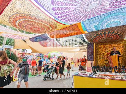 Hippy Market Punta Arabi Es Canar on the last market for the season in October. - Stock Photo