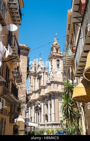 Small street and church seen in Palermo, Sicily - Stock Photo
